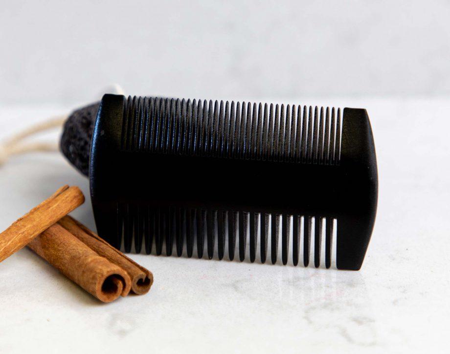 wooden-beard-comb